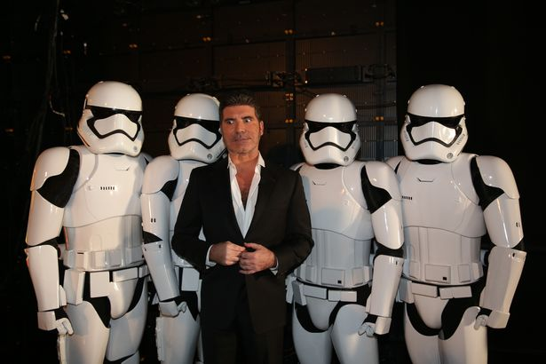 Simon-Cowell-backstage-with-Storm-Troopers